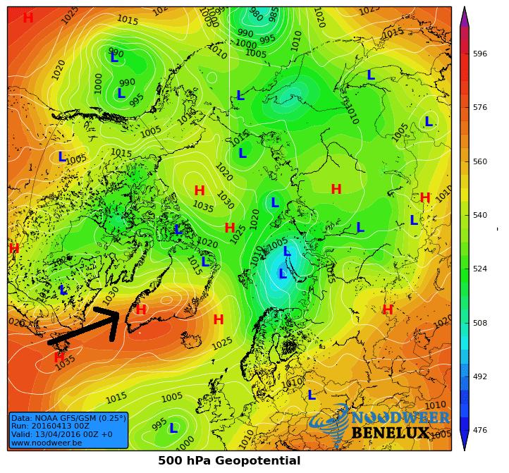 Deze kaart toont de aanvoer van warme lucht naar de ZW kust van Groenland