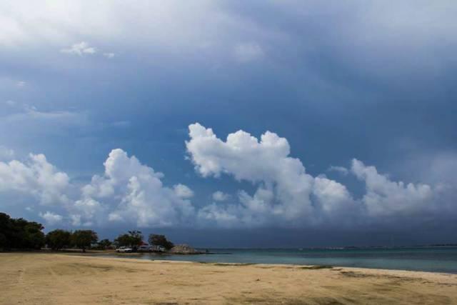 onweersbui-caribische-zee-1